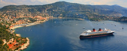 Disney Magic. — in Villefranche-sur-Mer, France.